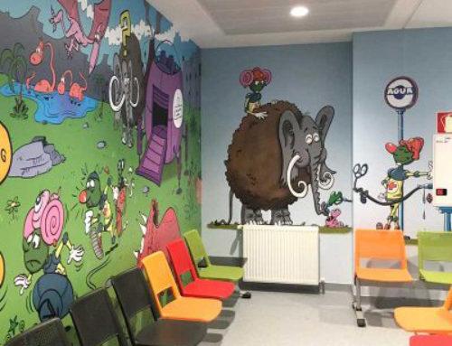 Rotulación de Urgencias de Pediatría en el Hospital Marqués de Valdecilla en Santander
